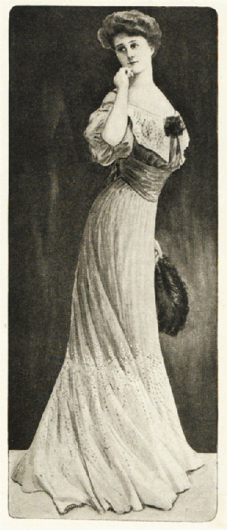Vintage Victorian 1900s Evening Fashions